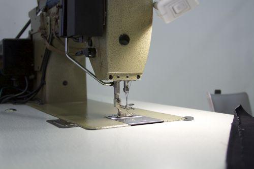 sewing machine needle sewing