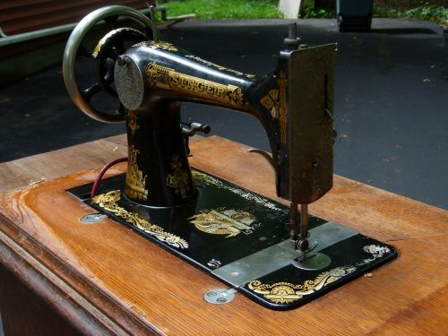 sewing machine sewing machine