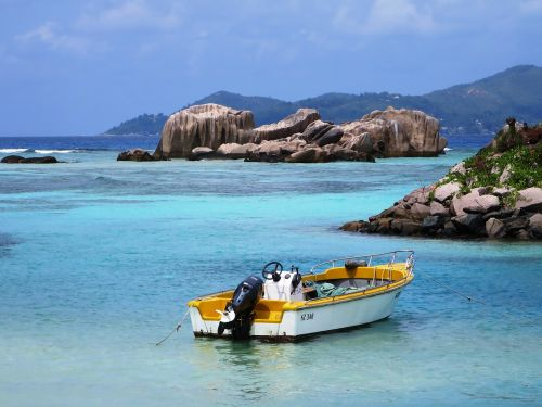 seychelles la dique sea