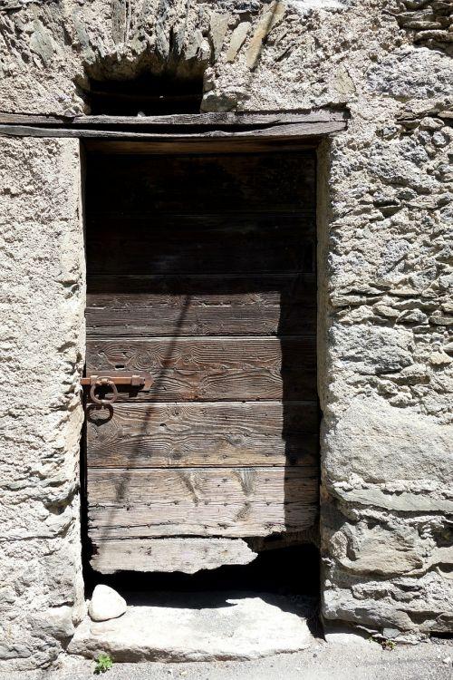 shabby door wooden door