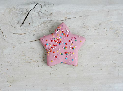 shabby chic gingerbread colored icing