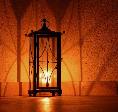 shadow candle seem