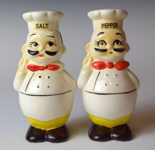 shakers salt pepper