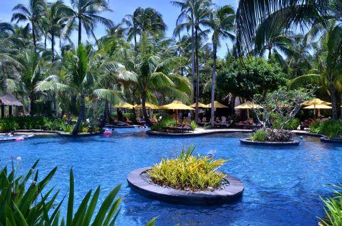 shangri-la's boracay hotel swimming pool outdoor pool