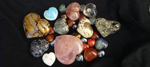shaped stones hearts romance