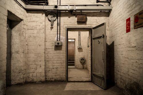 shelter underground bunker