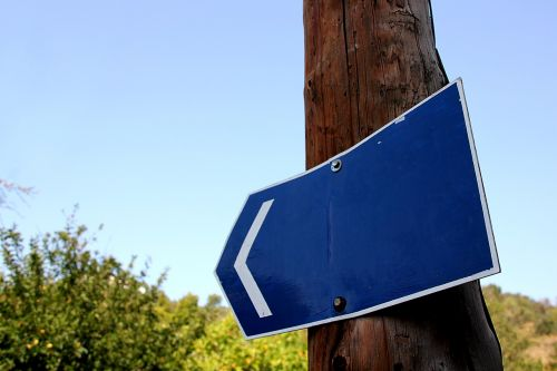 shield blue road sign