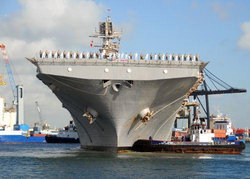 ship aircraft carrier port