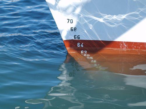 ship sea water