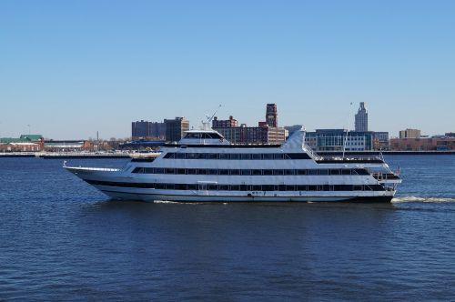 ship boat delaware river