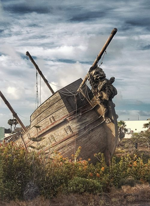 ship old steppe