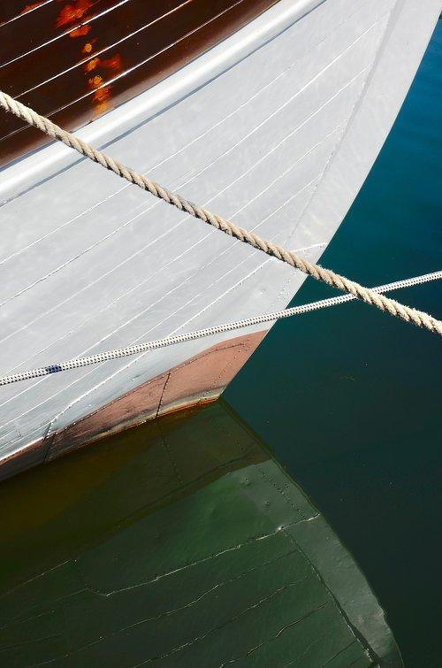 ship  ship's bow  port