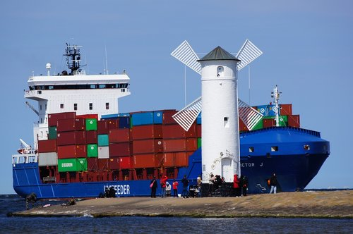 ship  container  container ship