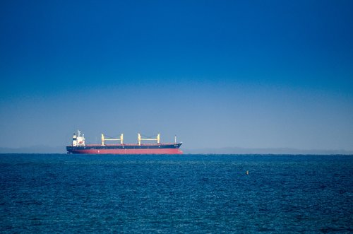 ship  tanker  oil