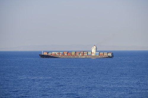 ship  freighter  frachtschiff