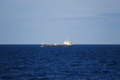 ship  tanker  freighter