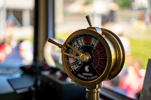 ship  buttons  controller