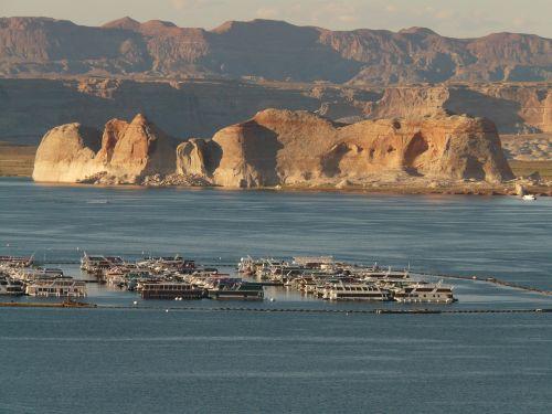 ship shipping port