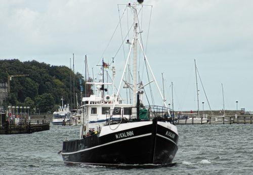 ship boot rügen