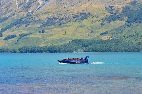 laivas,ežeras,kraštovaizdis,kraštovaizdis,mėlynas dangus,baltas debesys