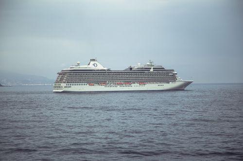 ship cruise cruiser