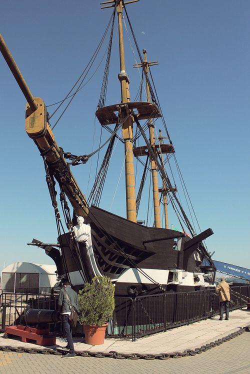ship port old
