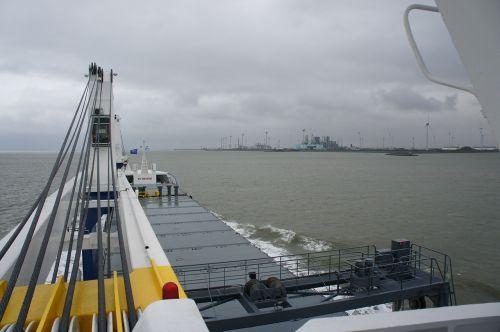 ship sea faucet