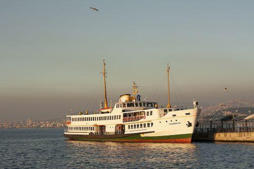 ship sea istanbul
