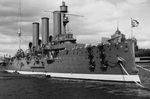 ship history cruiser
