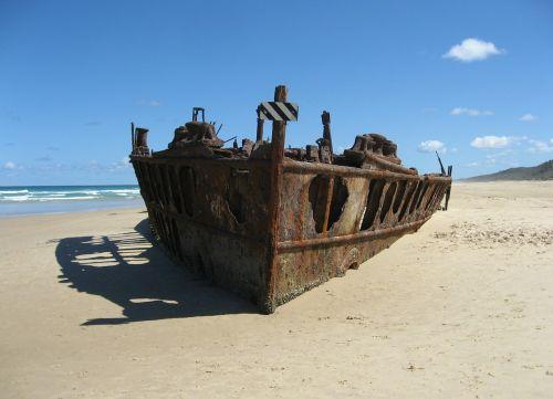 laivo nuolaužos,Fraser sala,australia,nuolaužos,smėlis,papludimys