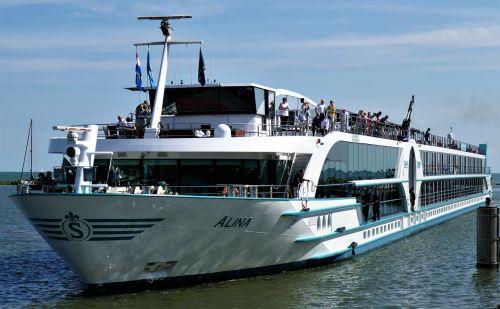 shipping passenger ship excursion steamer