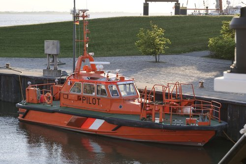 shipping  seafaring  pilot boat