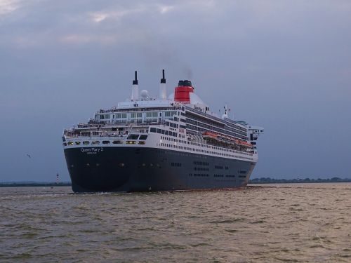 ships queen mary cruise ship