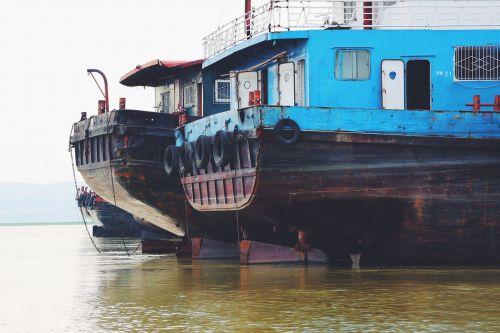 ships vessels docked