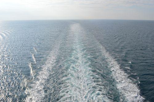 ship's wake cruise ship sea
