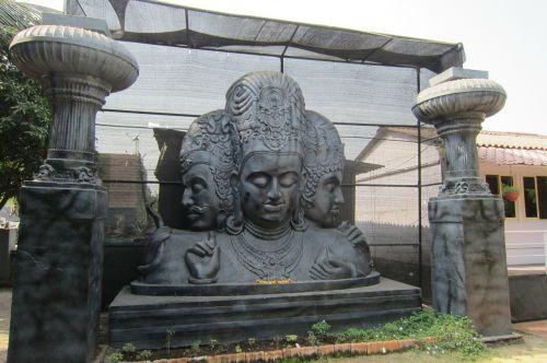 shiva elephanta island hindu