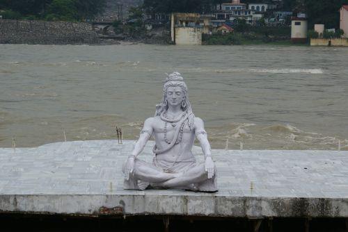 shiva statue lord