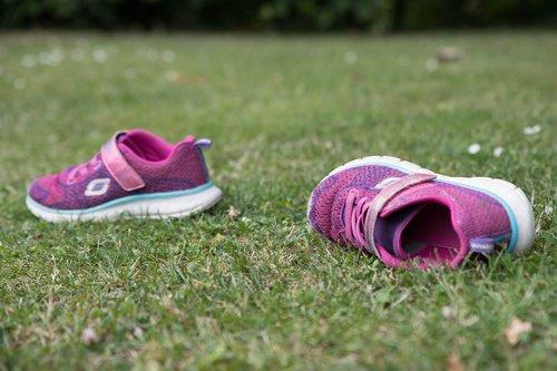 shoe  play  lawn
