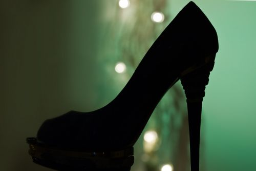shoe paragraphs high heeled shoes