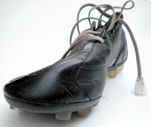 shoe kicker football boot