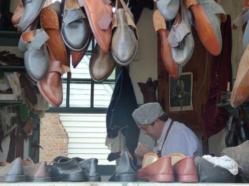 shoemaker colonial williamsburg