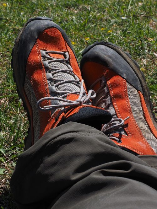 shoes hiking shoes mountaineering shoes