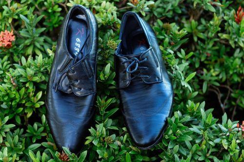 shoes wedding husband
