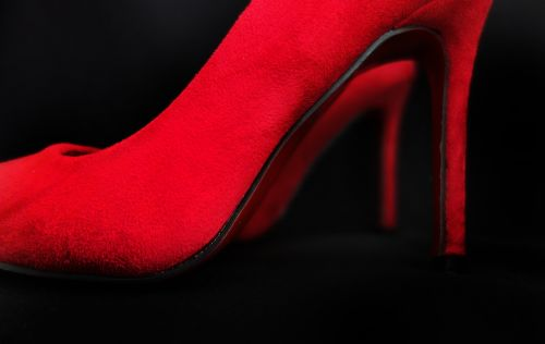 shoes red paragraph