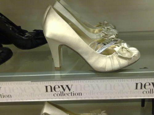 shoes shopping wedding