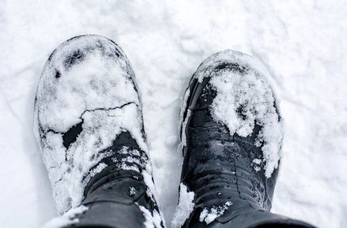 shoes boots snow
