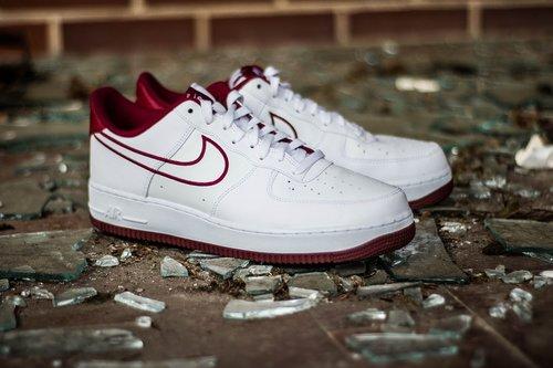 shoes  sneaker  fashion