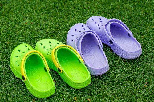 shoes crocs sandals
