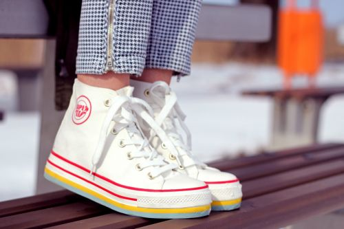 shoes snickers white