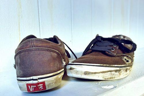 shoes skate worn